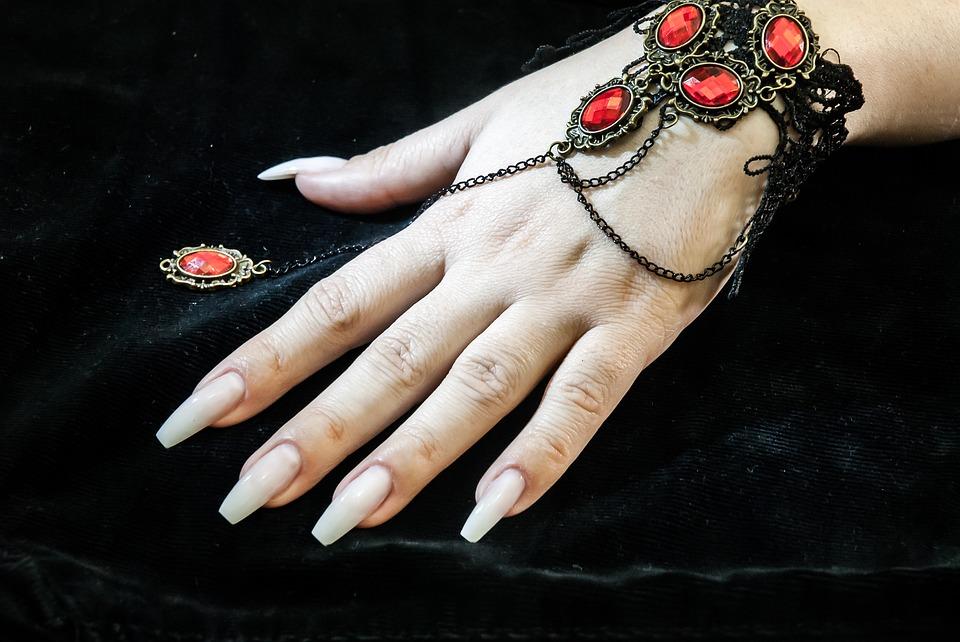 Técnicas de construcción de uñas