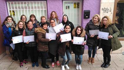 Fotos de las alumnas cursos de extensiones de pestañas 22/01/2017 (tarde)