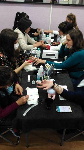Fotos de las alumnas del curso de uñas de acrílico y gel del día 29/01/17