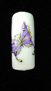Decoración de uñas con acuarela