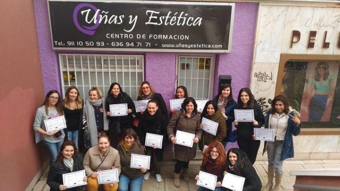 Fotos de las alumnas del curso de esmalte permanente del día 5/3/17