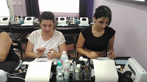 Fotos de las alumnas del curso de uñas de acrílico y gel del día 19/07/17