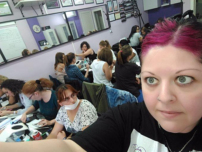 Fotos de las alumnas del curso de uñas de acrílico y gel del día 08/10/17