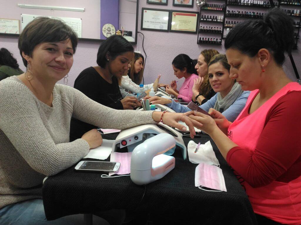 Fotos de las alumnas del curso de uñas de gel y acrílico 10/12/2017