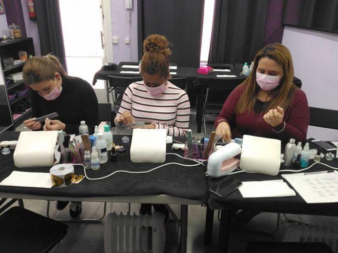 Fotos de las alumnas del curso de uñas de gel y acrílico en grupo reducido 14/02/18