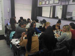 Foto de las alumnas del curso de uñas de gel y acrílico del día 08/04/18