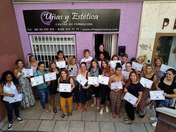 Foto de las alumnas del curso de Extensión de Pestañas del día 02/09/18