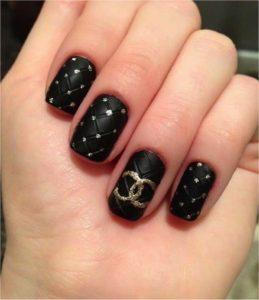 Esmalte de uñas en polvo