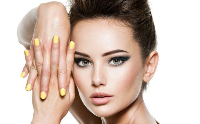 Nails Yellow GenZ