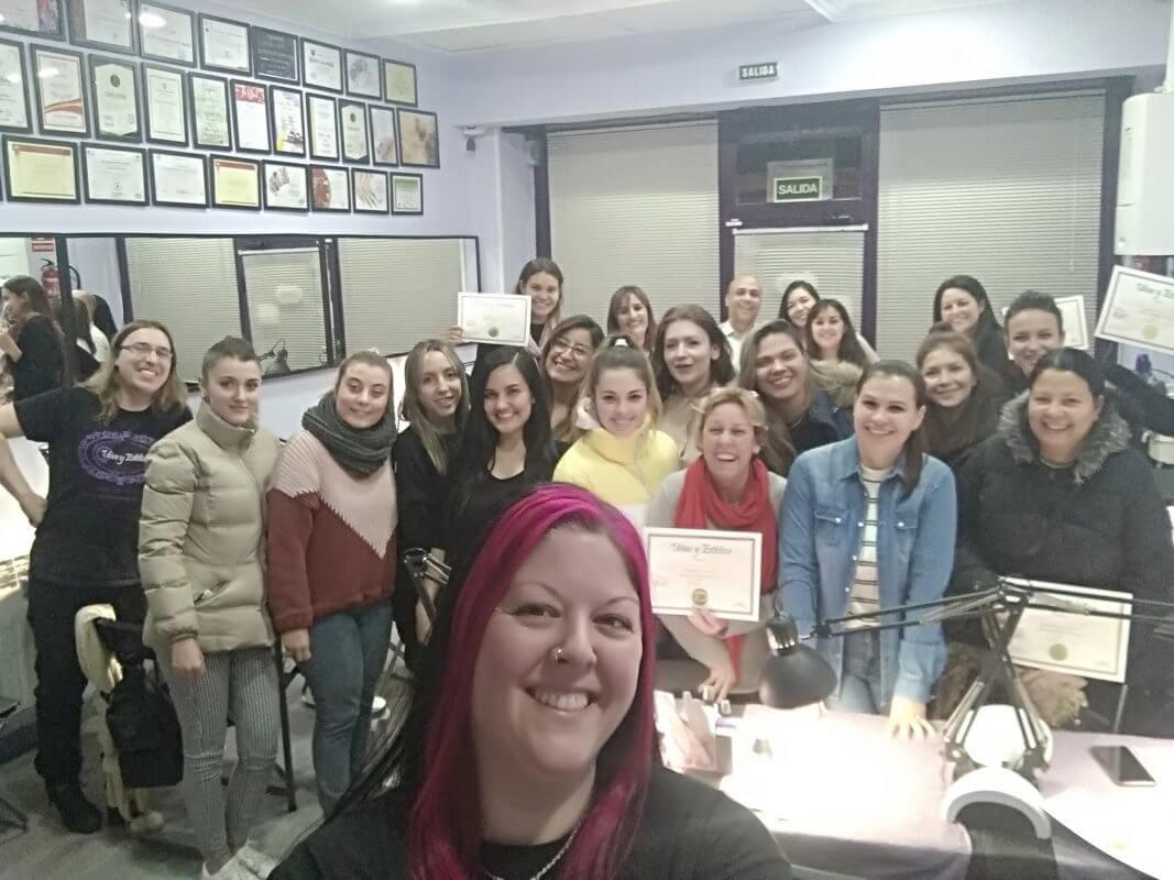 Foto de las alumnas del curso de uñas de gel y acrílico del día 26/01/20