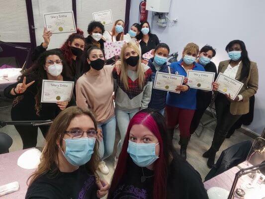 Fotos de las alumnas. Acrílico y gel 24 y 25 de octubre 2020