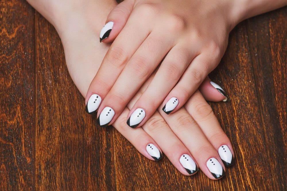 Características del acrílico que se usa para las uñas postizas