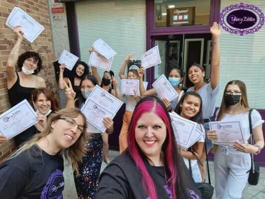 Foto de las alumnas graduadas. Acrílico y gel 7 y 8 de Agosto de 2021