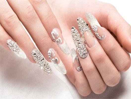 Curso de uñas acrílicas - Uñas y Estética